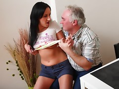 When Ami's boyfriend finds her fucking an old perv he quickly realises the potential to get his own nob polished and likes the idea that this old guy has got his girlfriend nice and juicy and horny for him.video