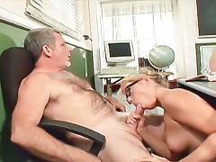 Bimbo blonde student gets teacher to dick her on the desk !video